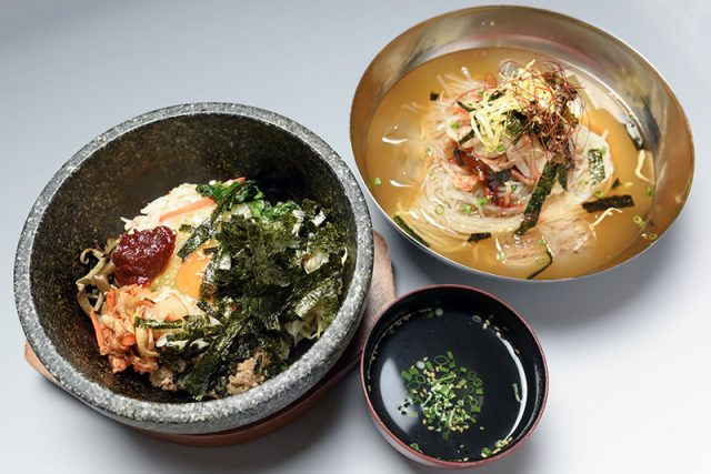 石焼きピビンバ スープ付 900円と冷麺 780円