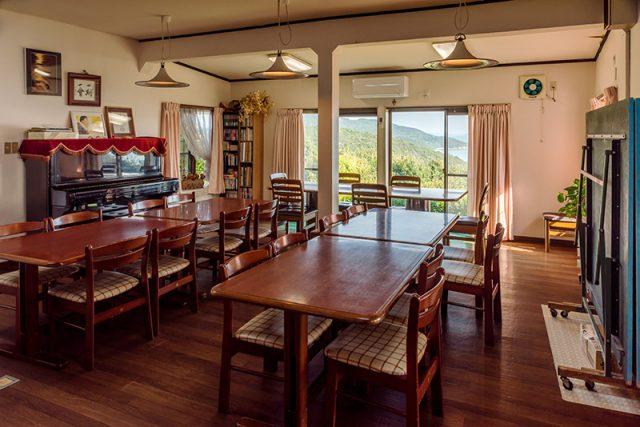 食事室兼プレイルーム