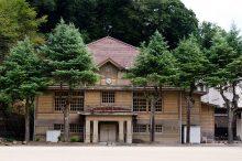 三石小学校旧講堂